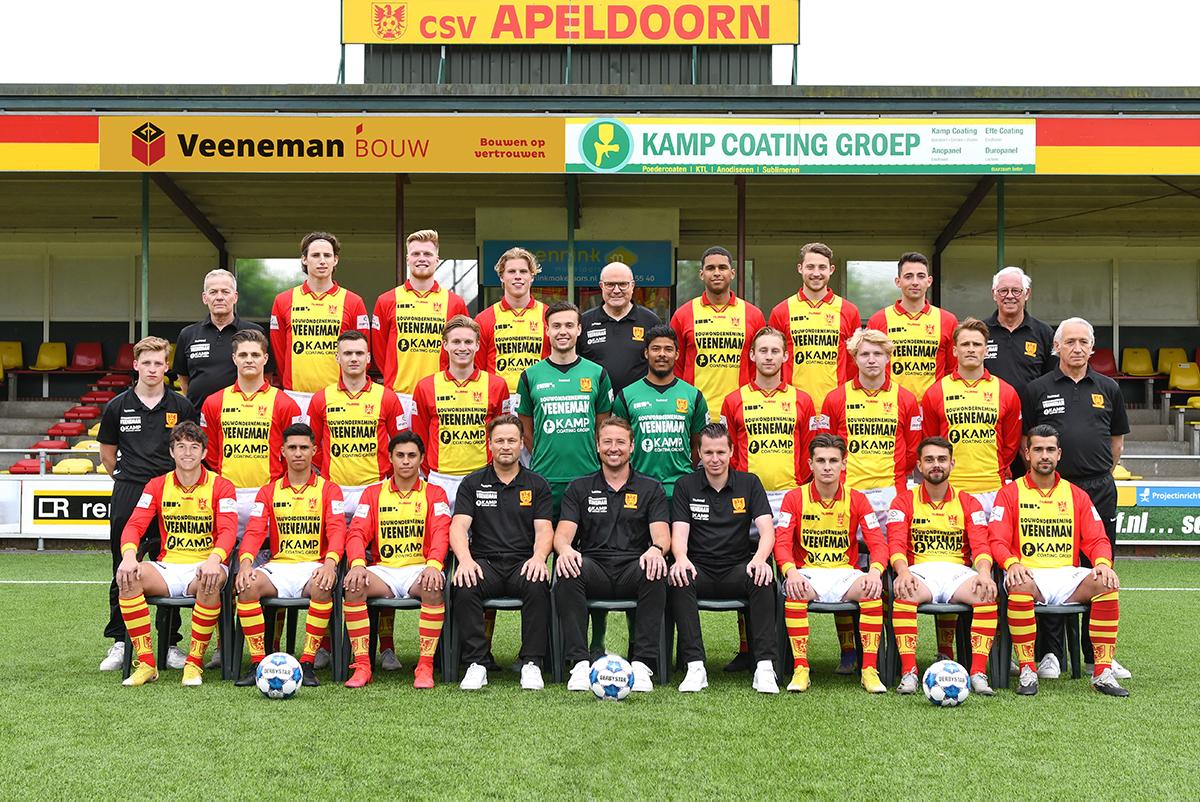 csv Apeldoorn wint doelpuntrijk oefenduel van VVOG